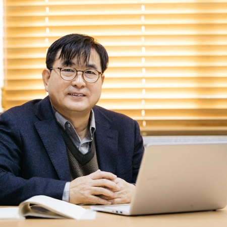 Interview with Professor Nongmoon Hwang, Recipient of the 2020 Excellence in Teaching Award
