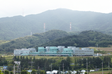SNU PyeongChang campus was built in 2014 as a bio research complex